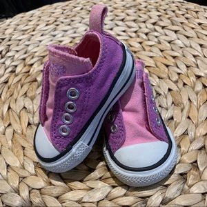 🍋2 for $30 Converse Baby Laceless Sneakers